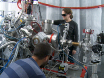 En eksperimentel protokol for femtosekund NIR/UV - XUV pumpe-sonde eksperimenter med fri-elektron lasere thumbnail